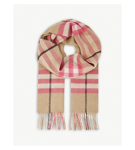 BURBERRY Giant check cashmere scarf (Bright+peony