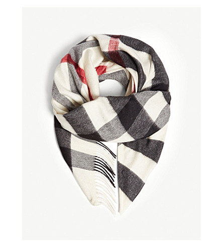 BURBERRY House check cashmere bandana (Natural+white