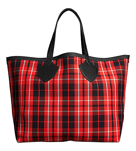BURBERRY Tartan cotton-canvas extra-large reversible tote (Vibrant+red/black