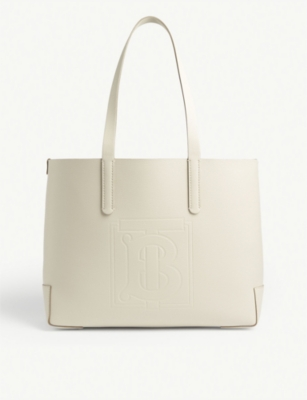 EW embossed leather tote(8309432)