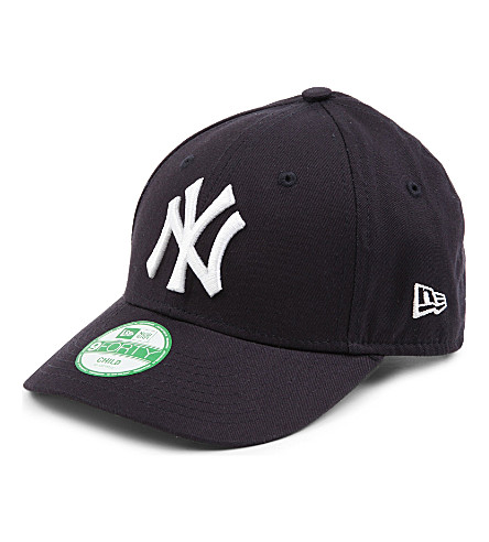 NEW ERA New York Yankees 9FORTY cap S-M (Navy / white