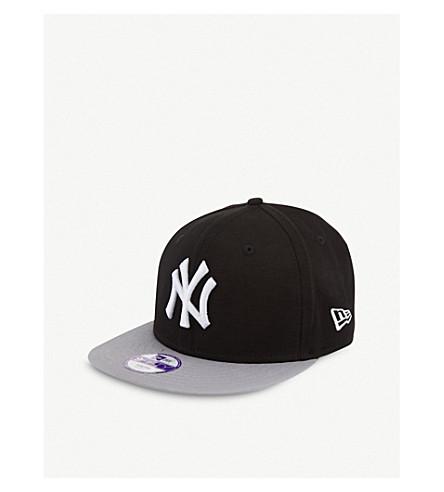 NEW ERA 纽约洋基队9FIFTY 棒球帽 (黑色/灰色/白色