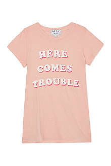 WILDFOX Here comes trouble t-shirt 7-14 years