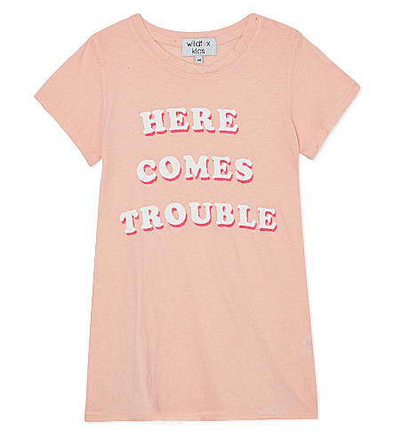 WILDFOX Here comes trouble t-shirt 7-14 years (Peaches
