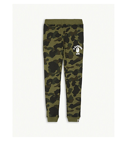 A BATHING APE Camouflage print cotton jogging bottoms 4-8 years (Grn
