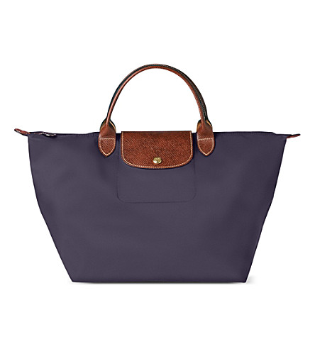 LONGCHAMP Le Pliage medium handbag in myrtille (Bilberry