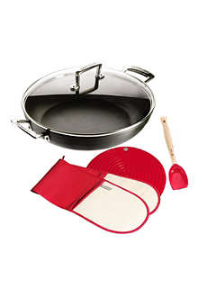 LE CREUSET Toughened Non-stick shallow casserole set 30cm
