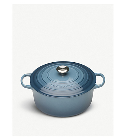 LE CREUSET Cast iron round casserole dish 20cm (Marine