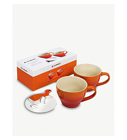 LE CREUSET Set of two grand mugs with coffee bean stencil