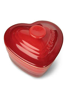 LE CREUSET Stoneware heart-shaped mini ramekin with lid
