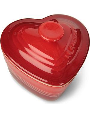 LE CREUSET Stoneware heart-shaped mini ramekin with lid
