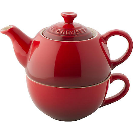 LE CREUSET Tea For One teapot and mug set (Cerise