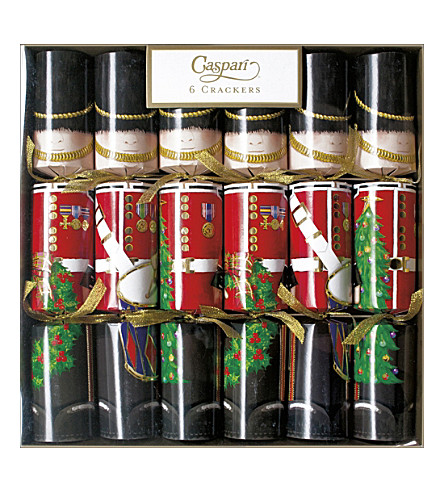 CRACKERS Pack of 6 The Palace Guards crackers