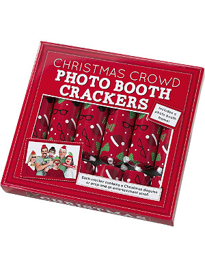 TALKING TABLES Christmas crowd photobooth 10 inch crackers 6-pack
