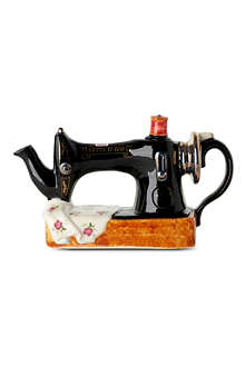 CARTERS Sewing machine teapot