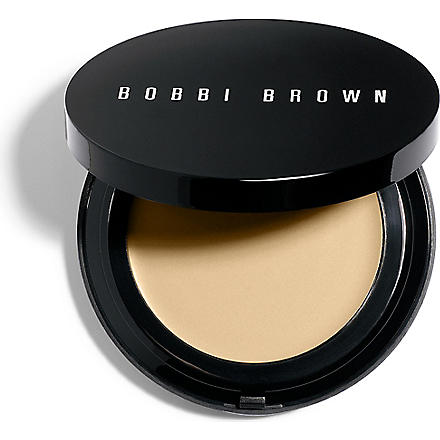 BOBBI BROWN Oil–Free Even Finish compact foundation (Natural