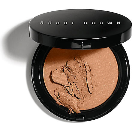 BOBBI BROWN Illuminating bronzing powder (Aruba