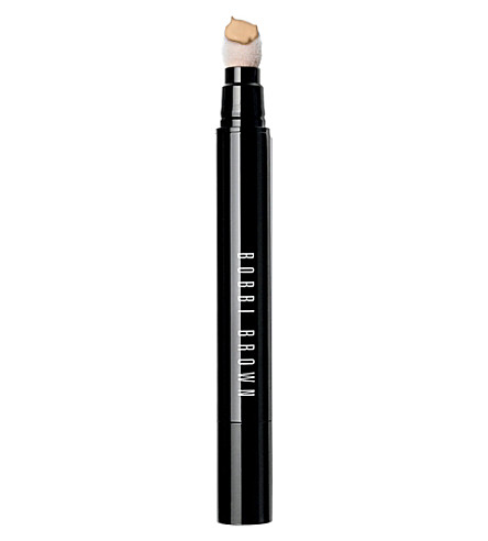 BOBBI BROWN Retouching wand (Light to medium