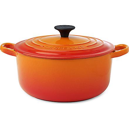 LE CREUSET Cast iron casserole dish 20cm (Volcanic