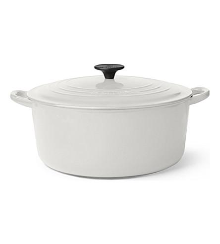 LE CREUSET Cast iron casserole dish 28cm (Almond