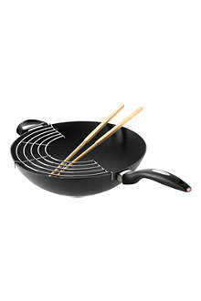 SCANPAN IQ Wok with rack and chopsticks 32 cm