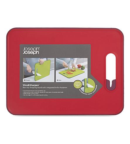 JOSEPH JOSEPH Slice&Sharpen™ chopping board