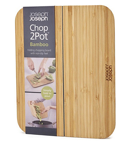 JOSEPH JOSEPH Chop2pot bamboo chopping board small