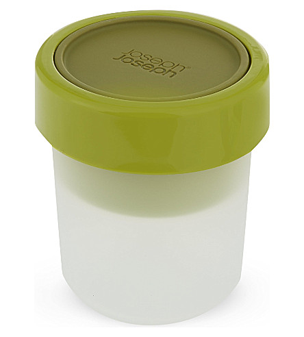 JOSEPH JOSEPH GoEat space-saving snack pot - green