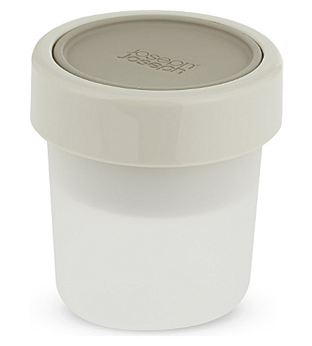 JOSEPH JOSEPH GoEat™ space-saving snack pot - grey