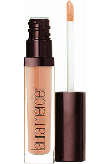 LAURA MERCIER Dark Spell Collection Lip plumper