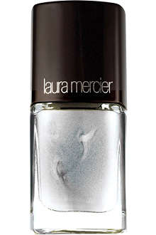 LAURA MERCIER Nail polish