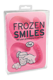 CUBIC Fred frozen smiles ice cube tray