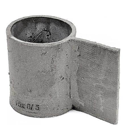 SERAX Frédérick Gautier cement mug