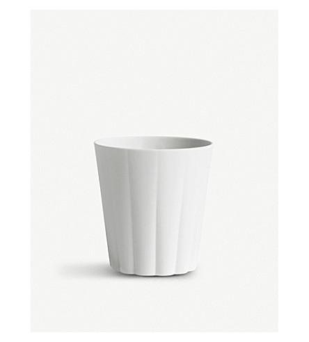 HAY Iris roundoff porcelain mug