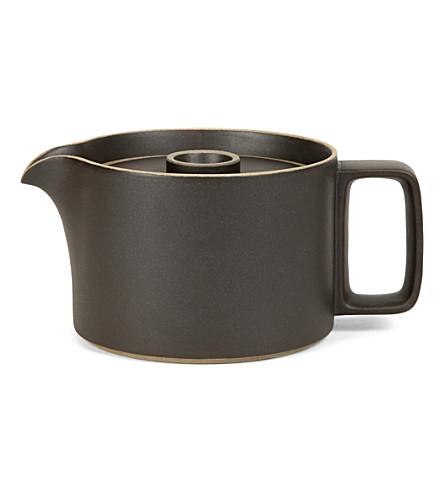 HASAMI PORCELAIN Ceramic teapot