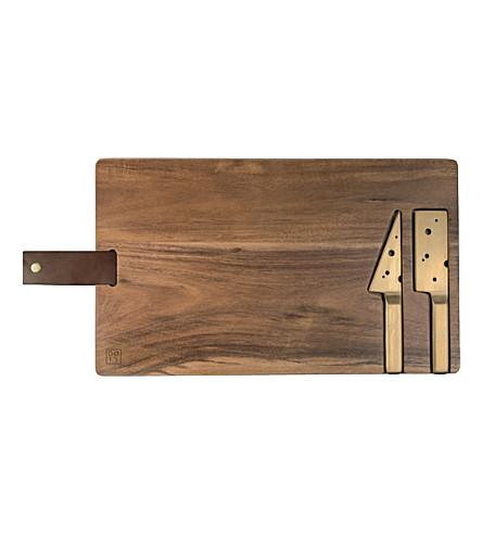 DOIY Cheeseporn wooden cheeseboard