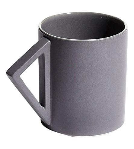 AANDERSSON Agnes porcelain mug