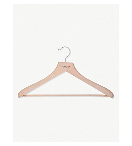 PERIGOT Men's wooden clothes hanger