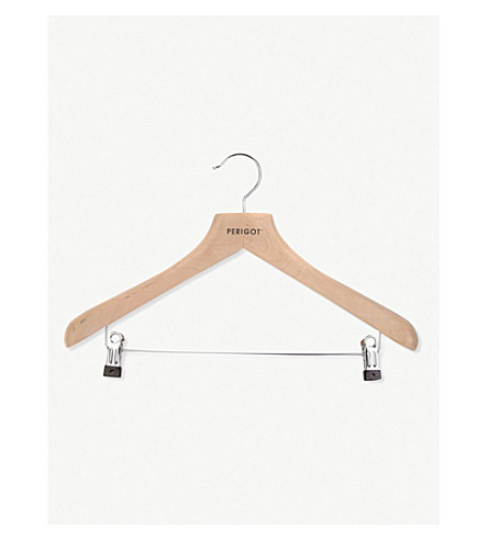 Best hangers for womens clothes