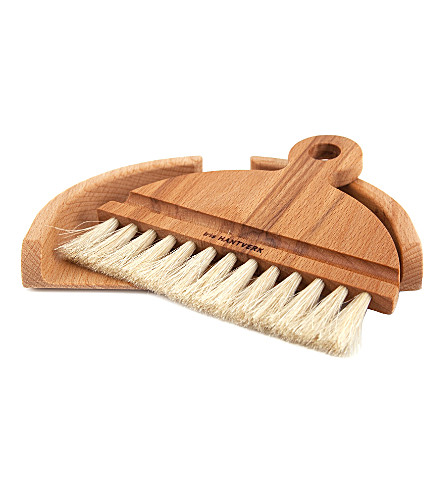 IRIS HANTVERK Table brush & dustpan set