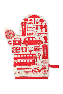 VICTORIA EGGS Airfix London oven mitt