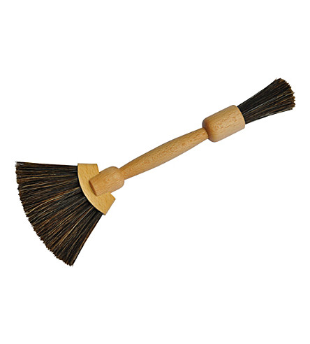 REDECKER Wooden fan-shaped duster brush