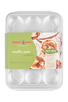 NORDICWARE 12-cup aluminium muffin pan with lid