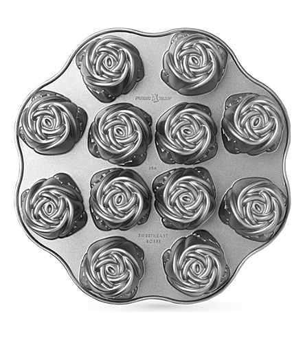 NORDICWARE Sweetheart rose pan
