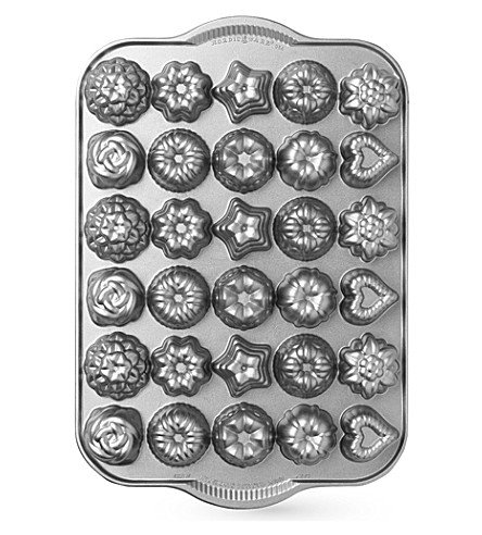 NORDICWARE Teacakes and candies mould