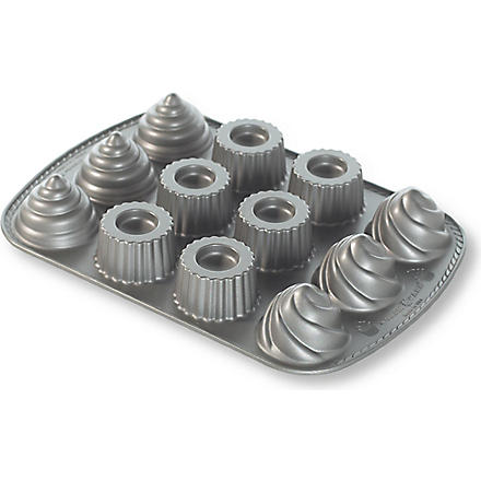 NORDICWARE Filled cup cake pan