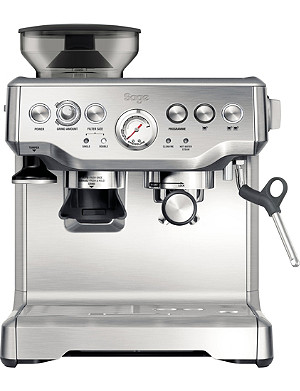SAGE Barista Express coffee machine with built-in grinder
