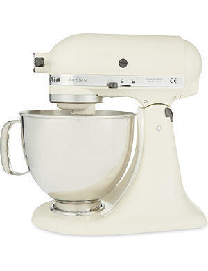 KITCHENAID Artisan mixer almond cream