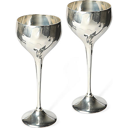 CULINARY CONCEPTS Pair of Cambridge wine goblets