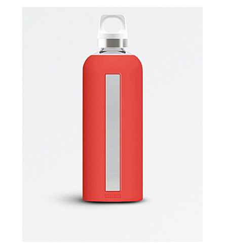 SIGG Star glass water bottle 850ml